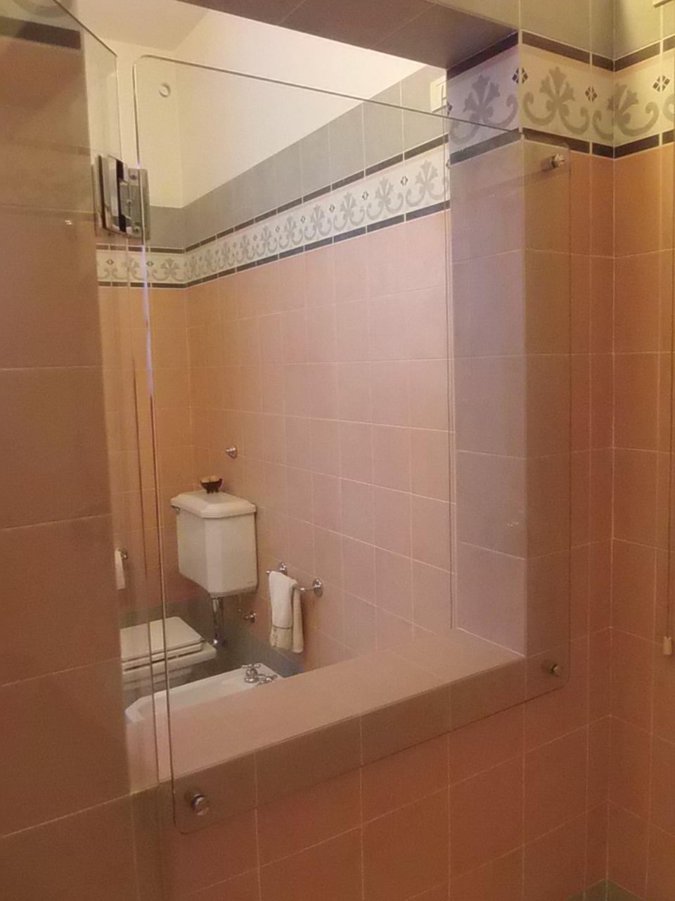 Muretto Doccia Spessore: Lusso box doccia con muretto idee di miglioramento domestico. Doccia ...